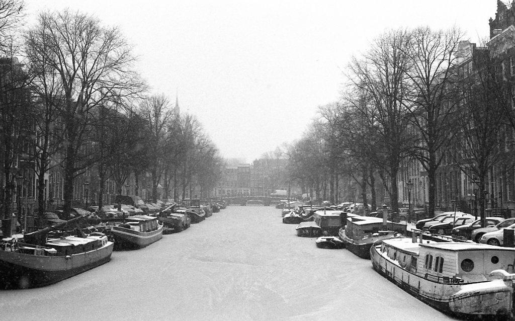 amsterdam-low-1.JPG